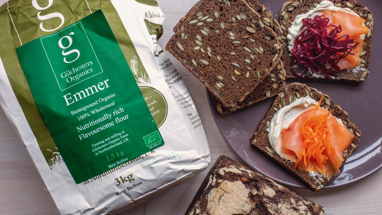 Recipe: 100% Emmer bread with pumpkin seeds and black barley malt