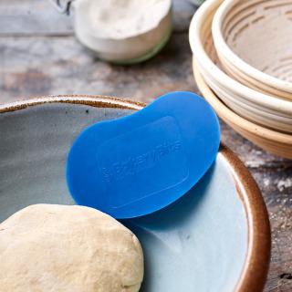 Dough Scraper, Bean-shaped (Blue)
