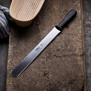 Serrated Knife for Crusty Bread
