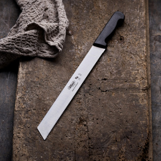 Extra-Strong Knife for Crusty Bread