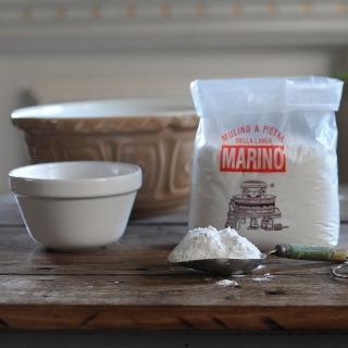 Organic Farro Bianco (White) Flour
