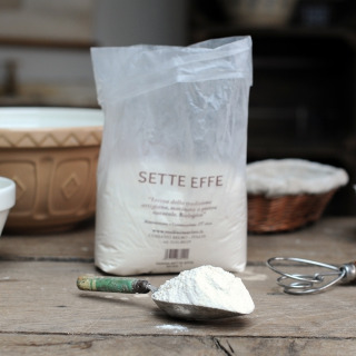 Organic Sette Effe (7 grain) Flour