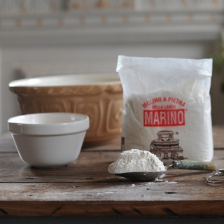 "Organic Type ""0"" Manitoba Flour"