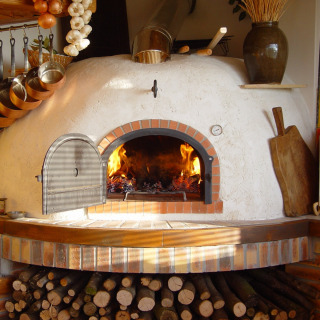 Four Grand-Mère Gourmet Wood-Fired Oven
